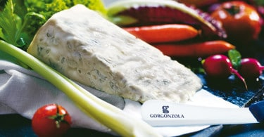 Spalmazola. Formaggio Gorgonzola