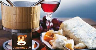 Fondizola, calda crema al formaggio gorgonzola